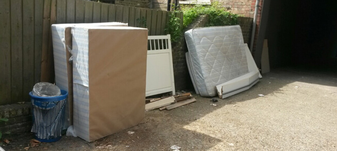 E14 waste clearance licence Docklands x3