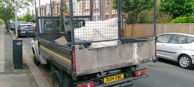 North Kensington garbage clearing service W12 x3